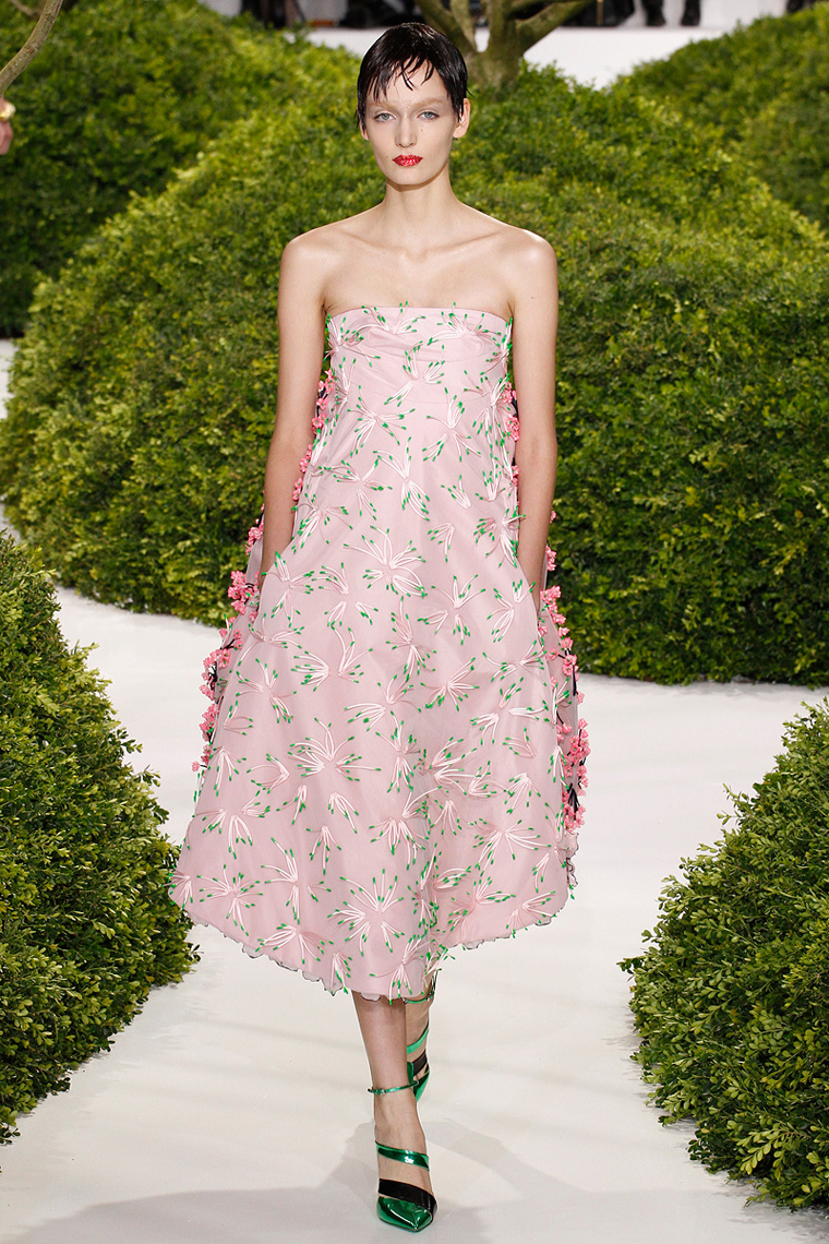christian-dior-couture-spring-2013-38_123855477756
